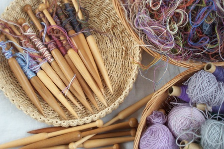 Tools and materials used in tapestry
